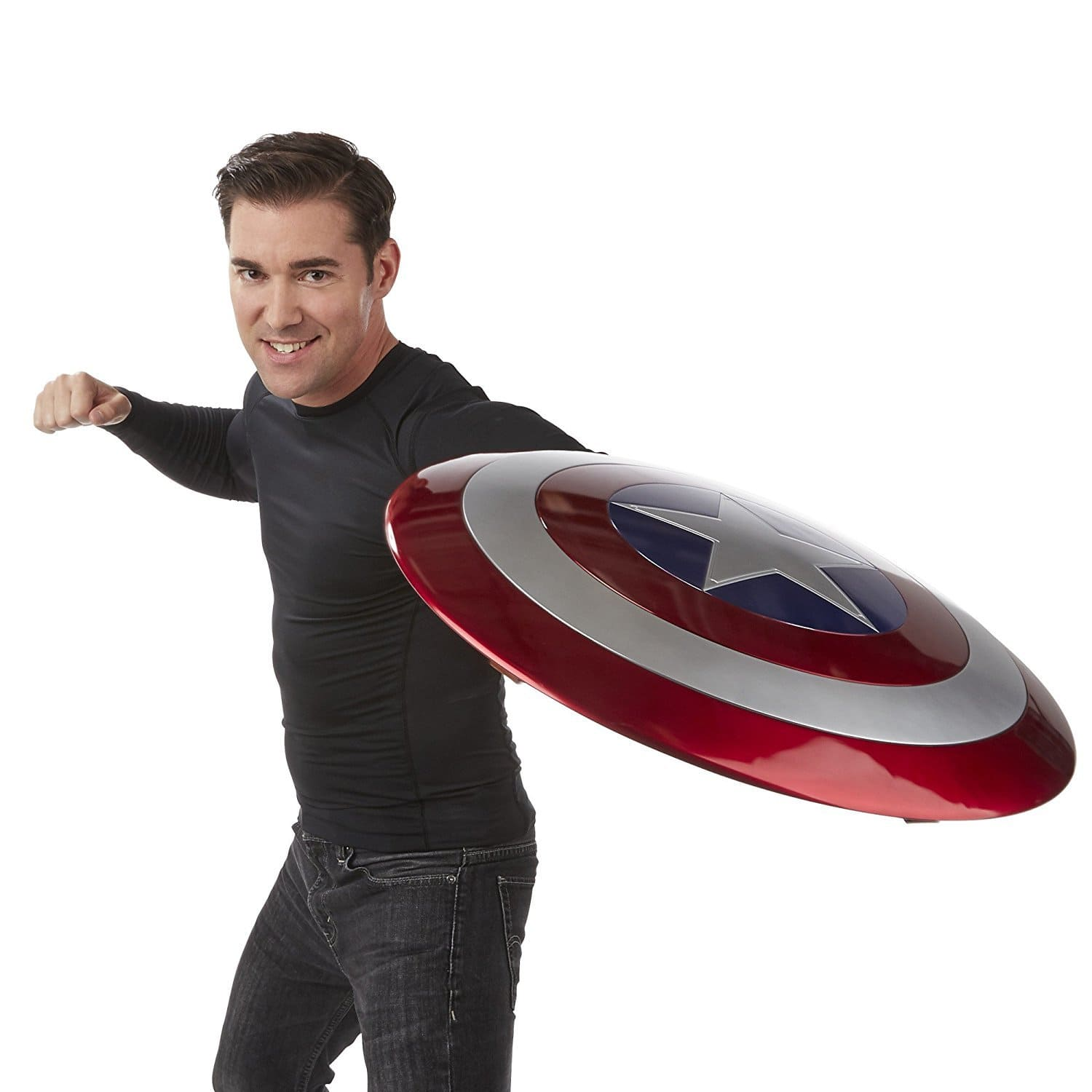 image article Look Avengers bouclier Captain America 3