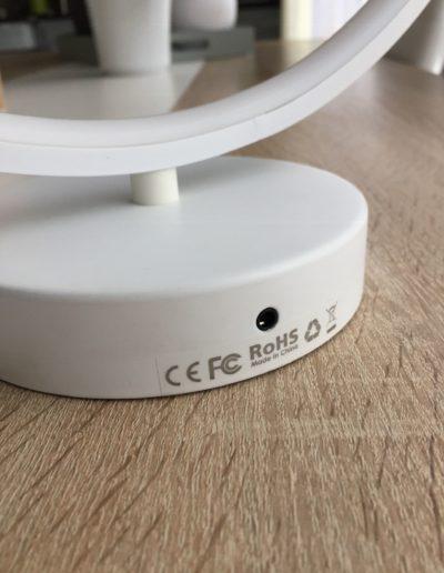 image Test de la lampe à LED multicolore en anneau d'Aukey 6